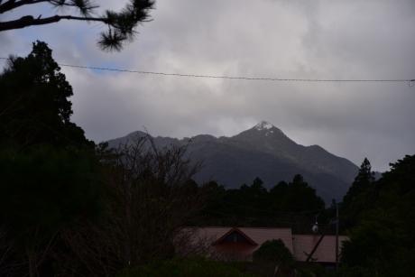 9雪の愛子岳