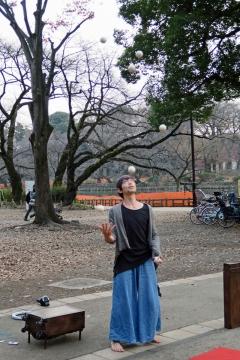 06井の頭公園ジャグラー