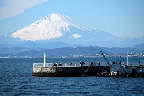 03江の島の橋から富士山
