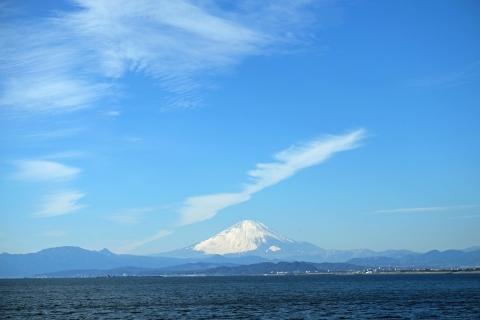 04江の島の橋から富士山