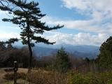 城山から丹沢方面を望む