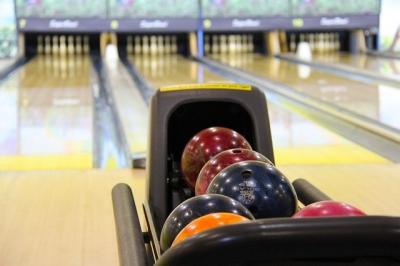 bowling-237905_640.jpg