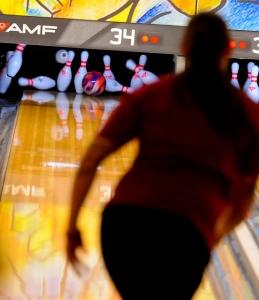 bowling-696121_640.jpg