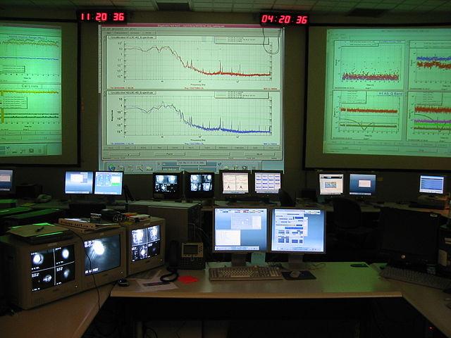 640px-LIGO_control.jpg