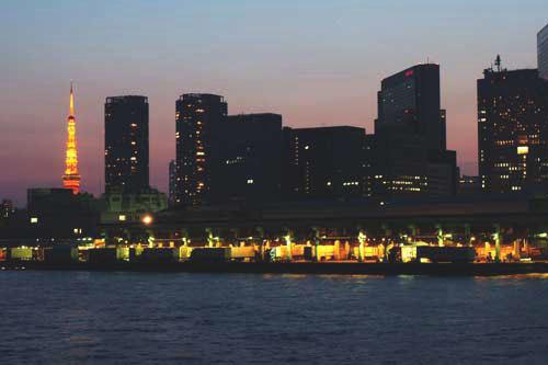 築地市場と東京タワー4