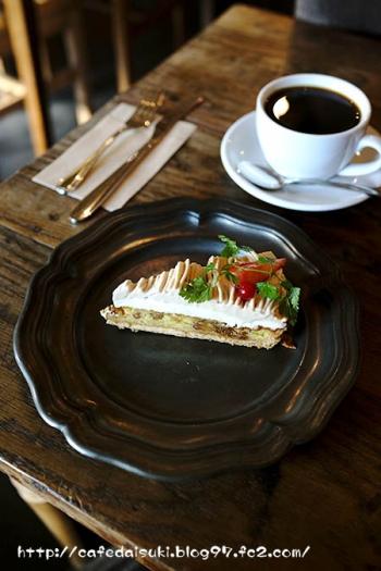 HANG cafe◇モンブランのタルト