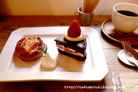 cafe noix◇苺とショコラのケーキ&焼き林檎タルト&cafe noixブレンド