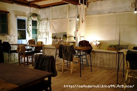 Rectangle cafe◇店内