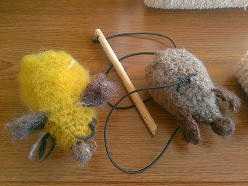 手作り猫おもちゃ