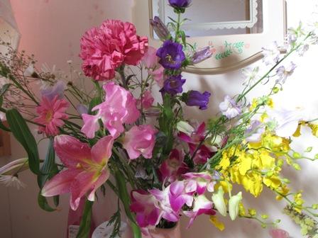 教室のお花2月①
