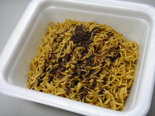 201602Chocolate_Fried_noodles-4.jpg