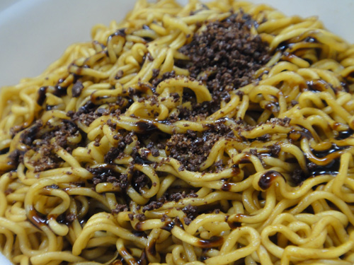 201602Chocolate_Fried_noodles-5.jpg