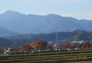 坂の町と表山