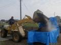 堆肥積み込み