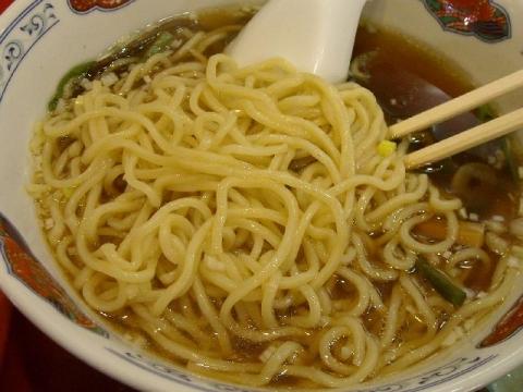 花果山・H27・4 煮干しラーメン 麺