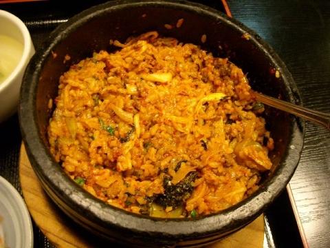 多来・H27・5 キムチ石焼 ご飯2