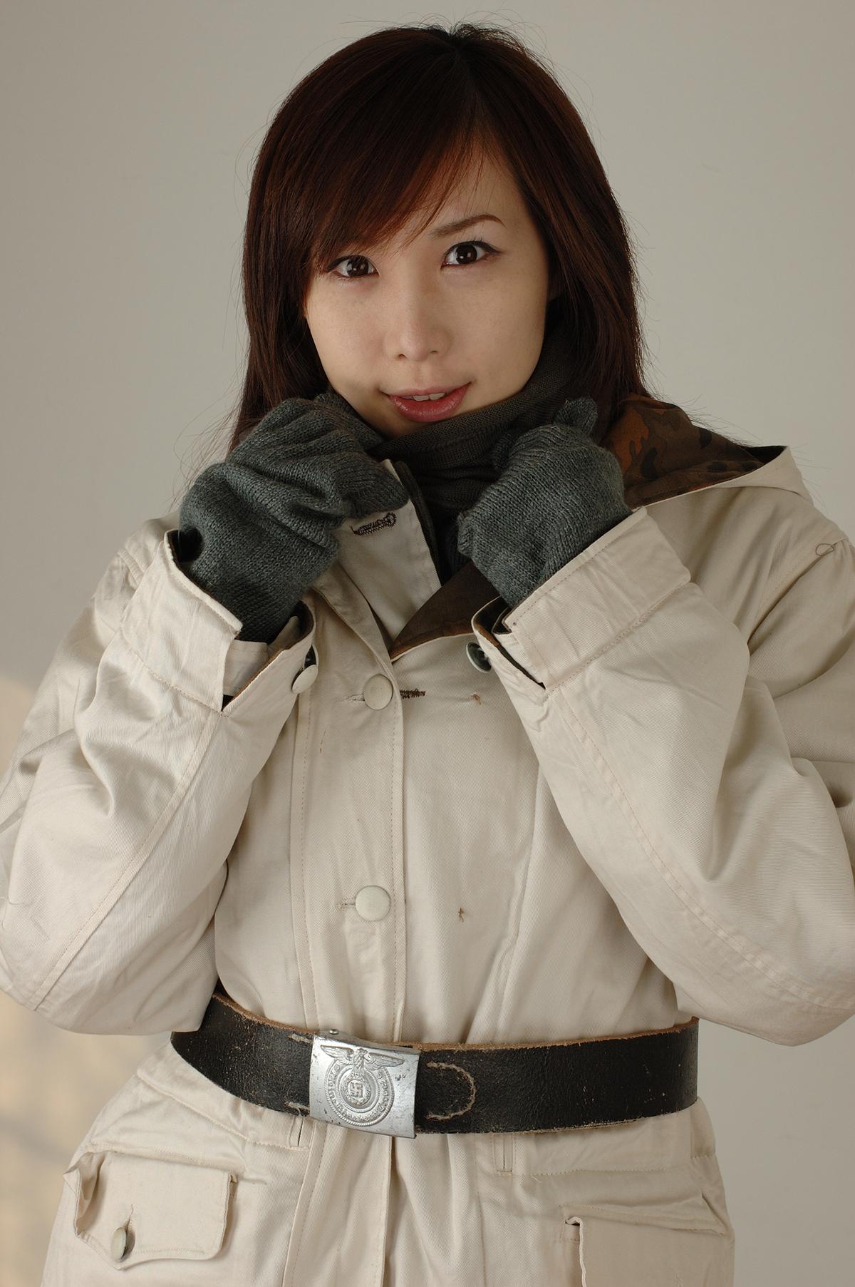 裏面/雪中迷彩