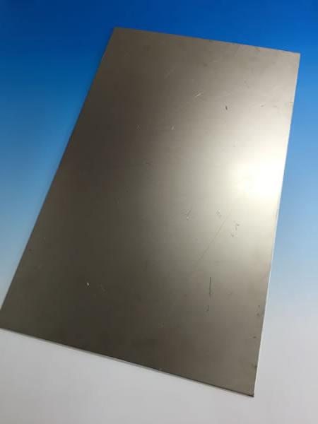 純チタン板