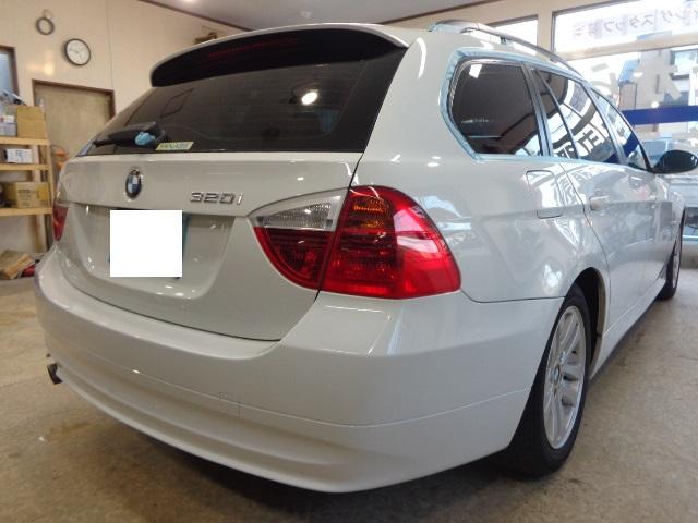 BMW320ワゴン白