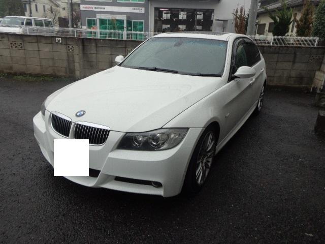 BMW320i パール