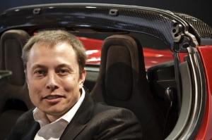 Tesla_elom-musk_2009_US_aoutshow_image.jpg