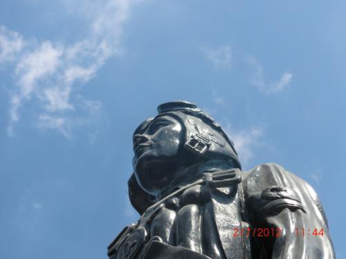 マバラカット東飛行場跡 フィリピンで英雄!神風特攻隊・カミカゼ記念碑、銅像、慰霊祭などで称賛・天皇陛下、戦没者への思い