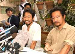 拘束から解放された渡辺修孝と安田純平は日本外国特派員協会で記者会見