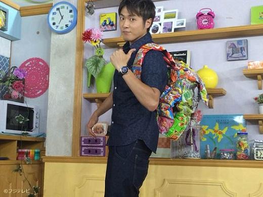 6月15日放送のめざましテレビ「MORE SEVEN」より女子高生に人気と言うお菓子リュックの話題をお届けします
