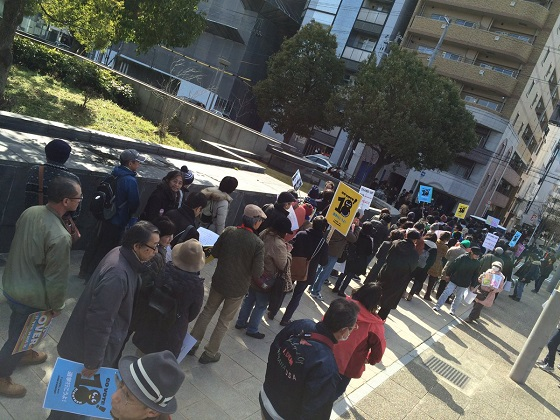 「SEALDs高校生版」、全国で反安保法制デモ ただ目立つのは中高年ばかり…
