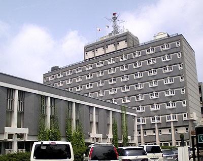 標準賃料の100分の1で、50年間、市有地を尼崎朝鮮学校に貸していた尼崎市役所