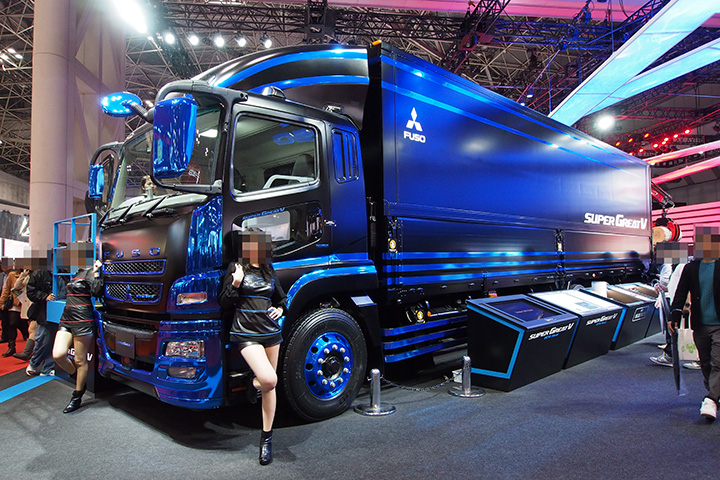 20151108_tms2015_mitsubishi_fuso_super_great_v-01.jpg