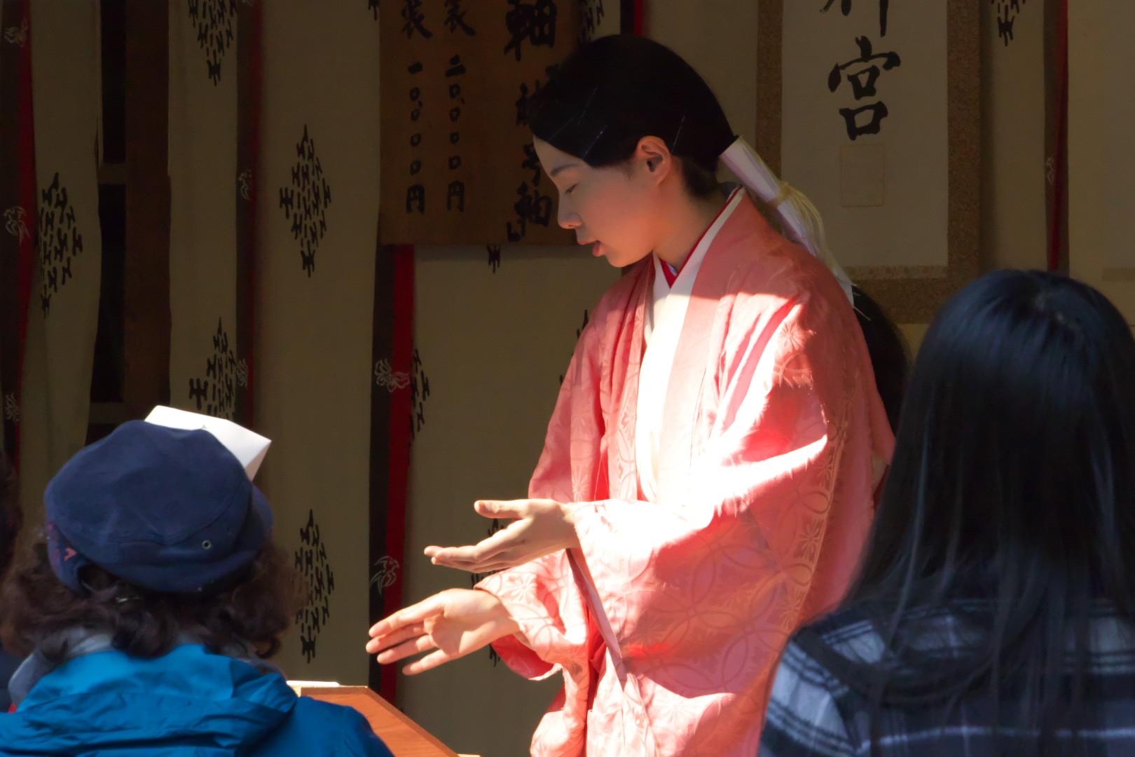 2016鹿島神宮巫女2