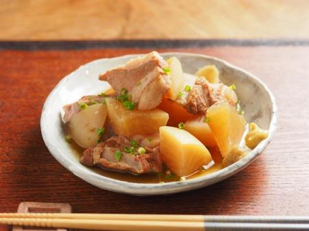 豚肉と大根の柔らか煮01