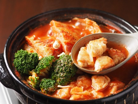 鶏むね肉とキャベツのトマト鍋t13