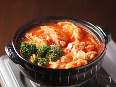 鶏むね肉とキャベツのトマト鍋t09