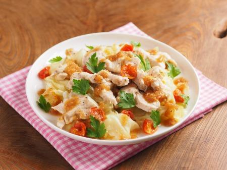 鶏むね肉とキャベツの温サラダt05