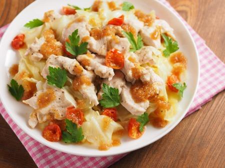 鶏むね肉とキャベツの温サラダt08
