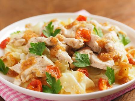 鶏むね肉とキャベツの温サラダt14