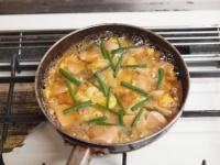 魚肉ソーセージ親子丼t45