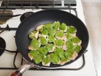 鶏むね肉とセロリの照り焼きt48