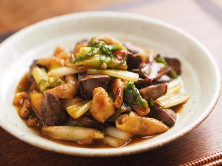 鶏レバーと鶏皮の生姜炒めt19