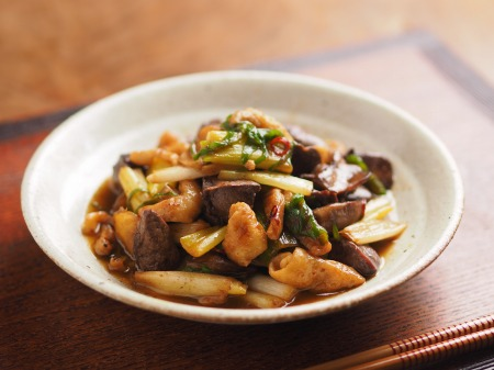 鶏レバーと鶏皮の生姜炒めt17