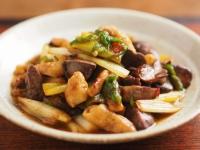 鶏レバーと鶏皮の生姜炒めt10