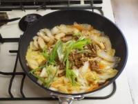 白菜炒めカレーうどんt35