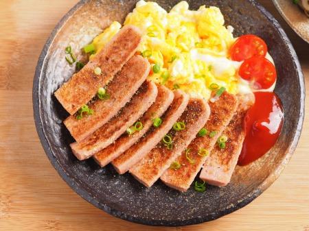 魚肉ソーセージのチーズ焼きt05
