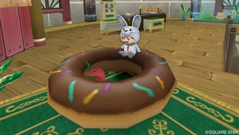 ドーナツといちごクッション