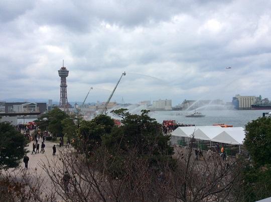 H28年1月9日福岡市消防出初式、一斉放水