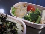 お弁当(鶏の塩こうじ焼き)