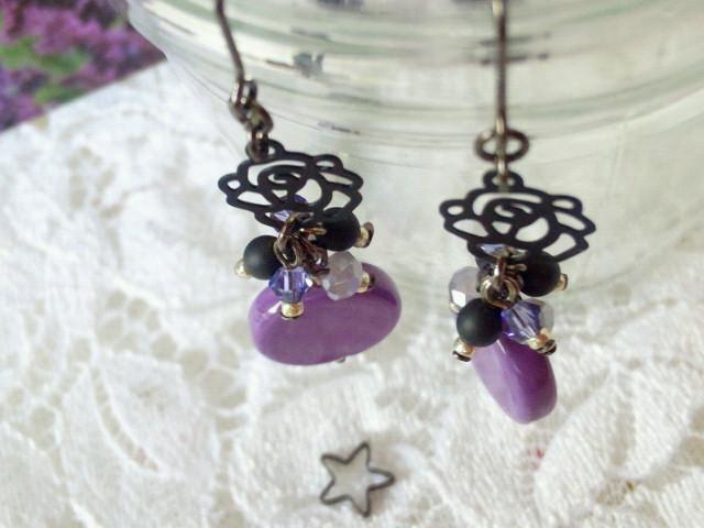 黒薔薇と紫コインヴェネチアンのしゃらんらピアス5