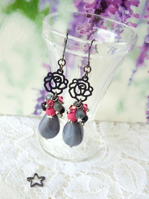 黒薔薇とピンクとグレーのしゃらんらピアス3